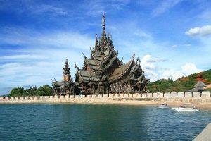Templo de la verdad en Tailandia